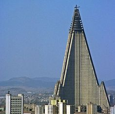 Worlds Largest Skyscrapers | World's 22nd largest skyscrapper is the world's worst building ...