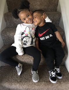 Niva and Jordan loves to play the fool Cute Mixed Babies, Cute Black Babies, Beautiful Black Babies, Cute Baby Girl, Cute Babies, Baby Baby, Mixed Baby Boy, Baby Girls, Cute Kids Fashion