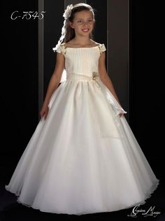 Girls Pageant Dresses, Dance Dresses, Flower Girl Dresses, Robes De Confirmation, Première Communion, Baby Skirt, Princess Dress Kids, Skirts For Kids, First Communion Dresses