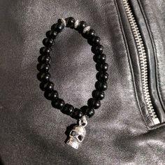 SEVIATELLE – Pulseras elegantes para él y para ella. Wallet, Chain, Fashion, Leather Bracelets, Man Women, Color Combinations, Elegant, Men, Women