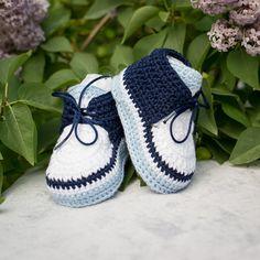 Ganchillo bebé Sneakers Crochet botines recién nacidos por DaisyNeedleWorks