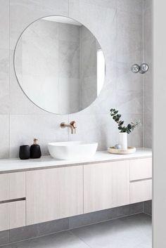 Modern home design Modern Master Bathroom, Minimalist Bathroom, Modern Bathroom Design, Bathroom Interior Design, Modern House Design, Modern Interior Design, Home Design, Interior Design Living Room, Small Bathroom