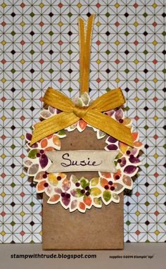 Stampin' Up! Wonderous Wreath stamp set fall place card holder/ party favor by Trude Thoman http://stampwithtrude.blogspot.com