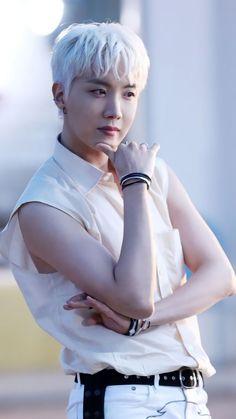 Jhope, Namjoon, Taehyung, Jung Hoseok, Bts Army Bomb, Mnet Asian Music Awards, Photo Sketch, Bts Face, Emo Boys