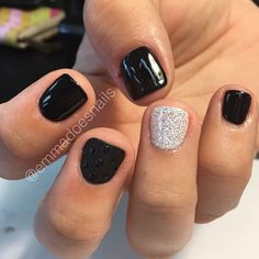 Semi-permanent varnish, false nails, patches: which manicure to choose? - My Nails Love Nails, How To Do Nails, Fun Nails, Dipped Nails, Manicure And Pedicure, Black Pedicure, Pedicures, Color Street Nails, Powder Nails