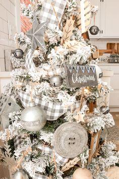 A Farmhouse Style Christmas Tree | Simply Beautiful By Angela Pretty Christmas Trees, Flocked Christmas Trees, Merry Christmas, Woodland Christmas, Xmas, Christmas Room, Plaid Christmas, White Christmas, Christmas Tree Decorating Tips