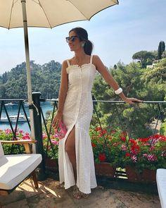 """4,522 curtidas, 28 comentários - Silvia Bussade Braz (@silviabraz) no Instagram: """"Pós praia com meu white dress @bianza_oficial para @shoplixmix ✨A coleção de verão da marca tá…"""""""