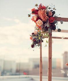 beautiful & simple to do :) #huppahs #wedding #flowers