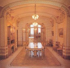 Dining Room in the Maison Horta, begun in 1898 Art Nouveau Architecture, Art And Architecture, Vienna Secession, Fashion Studies, Modernism, Deco, Brussels, Building, Places