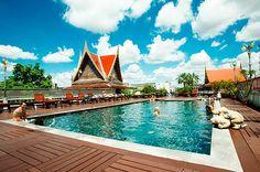 ¡El D&D Inn es uno de los más famosos guest house en Khao San road y de todo #Bangkok! http://www.hotelscombined.es/Hotel/DD_Inn.htm?a_aid=125694 D&D Inn en พระนคร, กรุงเทพมหานคร