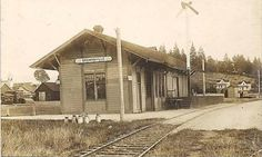Thought to have been built sometime in the 1890's this structure was once a passenger depot for the Southern Pacific Railroad.  Brownsville, Oregon