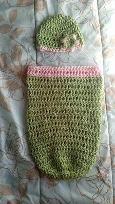 Free Pattern- Triple Crochet Newborn Cocoon and Hat
