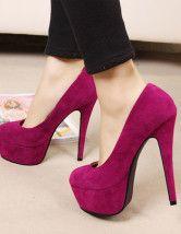 Escarpins roses | chaussures, talons aiguilles, mode, luxe, tendance, shoes. Plus de nouveautés sur http://www.bocadolobo.com/en/news/