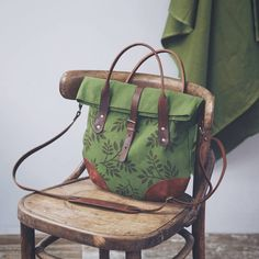 Best 12 Vintage Canvas Backpack for Women, Boho Block Printed Rucksack, Leather Canvas Laptop Bag – SkillOfKing. Handmade Purses, Leather Bags Handmade, Diy Wallet Bag, Tote Bags For College, Craft Bags, Beautiful Handbags, Backpack Bags, Canvas Backpack, Luxury Bags