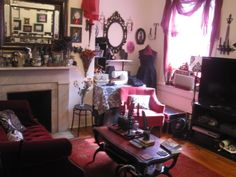 The Dark Victorian: Apartment of Darkness 2.0 http://thedarkvictorian.blogspot.com/2011/07/apartment-of-darkness-20.html