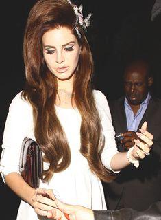 Big hair, don't care Lana Del Rey ❤