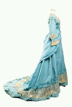 Sky blue silk faille dress, 1870s Designed and labeled by Mme. Gabrielle (Paris, France) From the collections of the Charlestone Museum Source: flickr.com Saved from: www.pinterest.com
