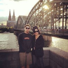Aw jakob and adie! Adrienne Armstrong, Billie Joe Armstrong, Best Rock Bands, Green Day, Krystal, Crystal
