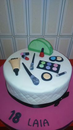 tarta maquillajes #makeup cake by dulcemelcocha