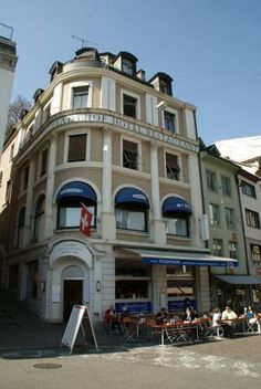 Hotel Stadthof Basel Hotel Stadthof enjoys a central location in Basel Old Town. The hotel's restaurant serves traditional Swiss and international dishes in the elegant dining room or on the terrace in nice weather.