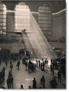 blackandwhiteimages:  Grand central station black and white