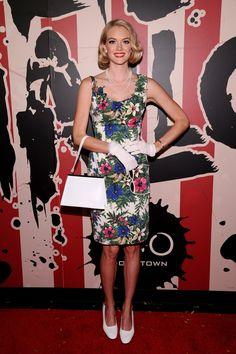 Pin for Later: Holt euch bei den Stars Inspiration für euer Halloween-Kostüm Lindsay Ellingson als Betty Draper