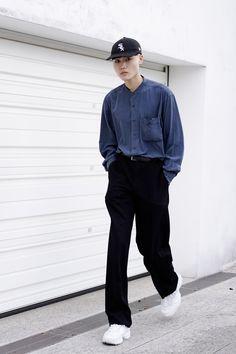 Street Style - Harajuku, Tokyo - Takatoさん - FASHIONSNAP.COM Japanese Street Fashion, Tokyo Fashion, Dope Fashion, Harajuku Fashion, Mens Fashion, Swag Fashion, Fashion Pants, Tokyo Street Style, Casual Street Style