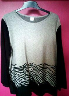 Kup mój przedmiot na #vintedpl http://www.vinted.pl/damska-odziez/swetry-z-dzianiny/20531338-bluzka-modna-szara-z-czarnymi-rekawami