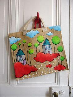 Diy Bag Painting, Painting Apron, Fabric Painting, Painted Bags, Painted Clothes, Hand Painted, Sculptures Céramiques, Happy Paintings, Jute Bags