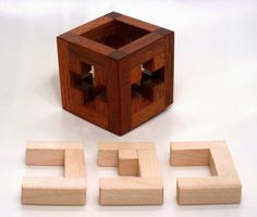 Jerry's Small Puzzle Collection Woodworking Techniques, Woodworking Jigs, Woodworking Projects, Room Interior, Interior Design Living Room, Wooden Puzzles, 3d Puzzles, Isometric Cube, Wood Joints