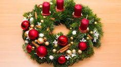 photos of DIY Christmas ornament wreaths - Upload yours, too - Retro Renovation Christmas Ornament Wreath, Christmas Diy, Christmas Wreaths, Retro Renovation, Bird Crafts, Vintage Ornaments, Diy Photo, How To Make Wreaths, Holiday Decor