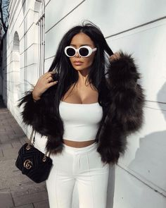 Discovered by 💎𝕼𝖚𝖊𝖊𝖓💎. Find images and videos about dress, cuties+girly+fashion and drawing outline baddie on We Heart It - the app to get lost in what you love. Fashion Killa, Look Fashion, Winter Fashion, Girl Fashion, Fashion Beauty, Fashion Outfits, Classy Outfits, Trendy Outfits, Cute Outfits