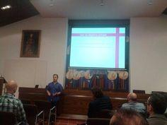 """Con el tema """"Redes sociales y cofradías"""", el pasado 4 de octubre participé como ponente las jornadas de comunicación cofrade que organizó la Agrupación de Cofradías de Semana Santa de Málaga."""