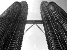 Petronas Twin Towers | Fotografia de Joana Coelho | Olhares.com
