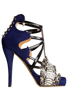 So much going on in this #shoeoftheday Aperlai Spring 2013 Shoes