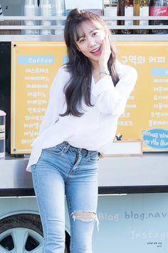 Apink Album, South Korean Girls, Korean Girl Groups, Namjoo Apink, Fashion Models, Women's Fashion, Heart Face, Smart Styles, Korean Artist