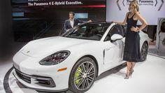 Porsche verläuft über die gesamte Gamut In Los Angeles LA Auto Show Porsche Porsche 911 Porsche Panamera Porsche Videos Video