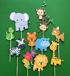 Jungle animals cupcake toppers, zoo animals toppers, wild animals toppers, jungle gym, monkey topper - Rush Tutorial and Ideas Lion Cupcakes, Jungle Cupcakes, Animal Cupcakes, Birthday Cupcakes, Fondant Cupcakes, Safari Party, Jungle Party, Jungle Gym, Jungle Lion
