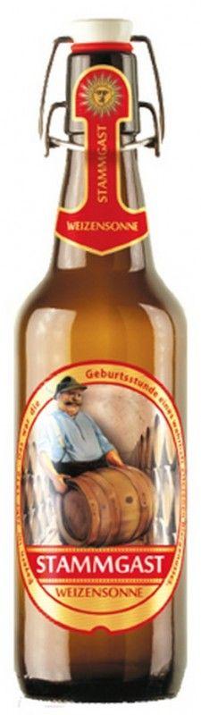 Cerveja Stammgast Weizensonne, estilo German Weizen, produzida por Fürst Wallerstein Brauhaus, Alemanha. 5% ABV de álcool.