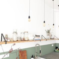 Kitchen Decor Ideas Decoration is agreed important for your home. Whether you choose the Kitchen Wall Decor Ideas or Decorating Ideas For Kitchen Walls, you will make the best Kitchen Wall Decor Ideas for your own life. Interior Desing, Interior Styling, Interior Inspiration, Kitchen Interior, Kitchen Decor, Kitchen Walls, Kitchen Cabinets, My Kitchen Rules, Cuisines Design