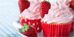 Vemale.com - Mencicipi cupcake berbahan buah-buahan strawberry ini yuk...