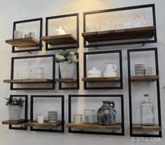 32 Top Minimalist Decor Ideas To Inspire and Copy - Stylish Home Decorating Designs Decor, House Design, Interior, House Styles, Minimalist Decor, Home Decor, Modern Interior Design, Interior Design, Shelving