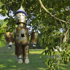 It's springtime, and I love gardening and birdhouses! Check out this collection…