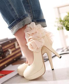 Floral Pumps, Stylish Pumps, Elegant Pumps