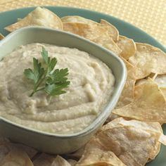 No count hummus (humous) tin of chickpeas, garlic cloves, lemon juice and low fat natural yogurt blended. Slimming Recipes, Ww Recipes, Clean Recipes, Diabetic Recipes, Cooking Recipes, Vegetarian Recipes, Weight Loss Juice, Weight Loss Snacks, Weight Watchers Meals