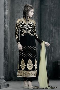 Opulent Black Color Georgette Salwar Kameez