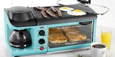 This Awesome Retro Breakfast Station Makes Coffee, Bacon, Eggs and Toast All At…