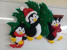 Christmas Wood Crafts, Felt Christmas, Christmas 2019, Winter Christmas, Christmas Stockings, Xmas, Christmas Ornaments, Felt Crafts, Diy And Crafts