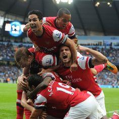 Jubilant scenes after the equaliser against Man City! #Arsenal