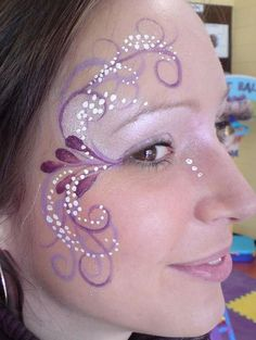 30 Cool Face Painting Ideas For Kids Purple Face Paint for Girl. Cool Face Painting Ideas For Kids, Eye Face Painting, Face Art, Body Painting, Face Paintings, Simple Face Painting, Easy Face Painting Designs, Face Painting Flowers, Cool Face Paint, Art Faces
